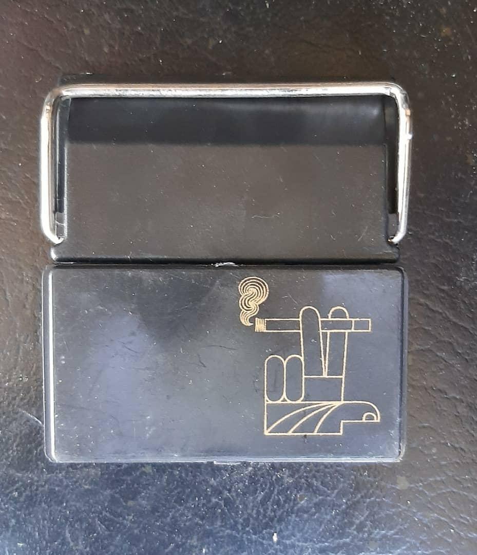جا سیگاری ماشین