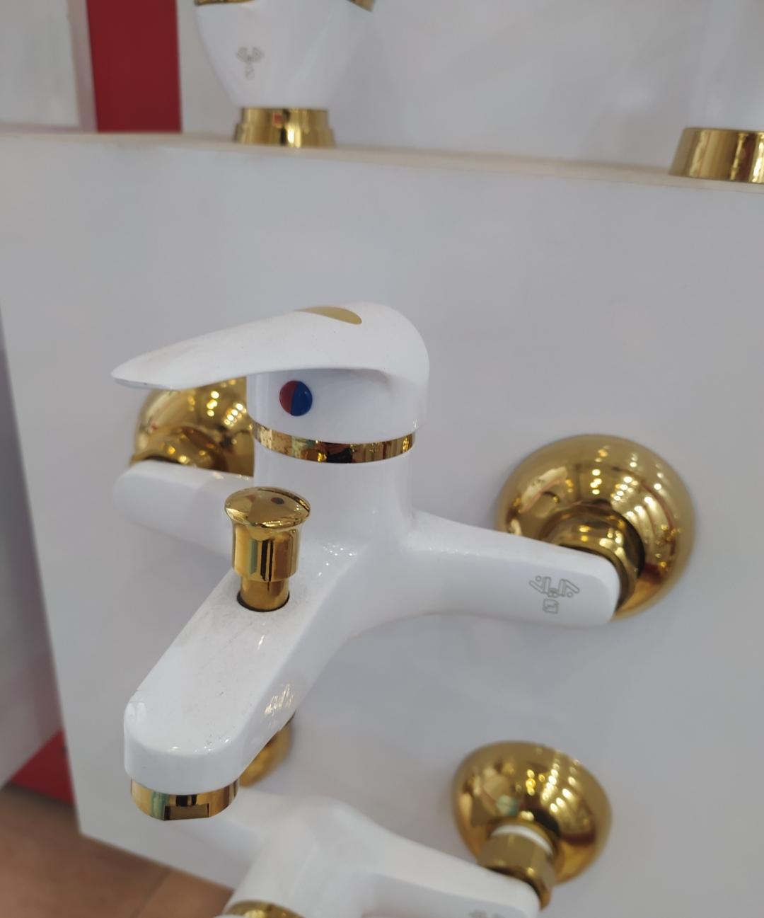 شیر حمام سفید طلایی برلیان مدل ارس