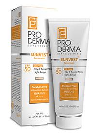 کرم ضد آفتاب فاقد چربی با SPF50 با اثر پوشانندگی زیاد بژ روشن پرودرما