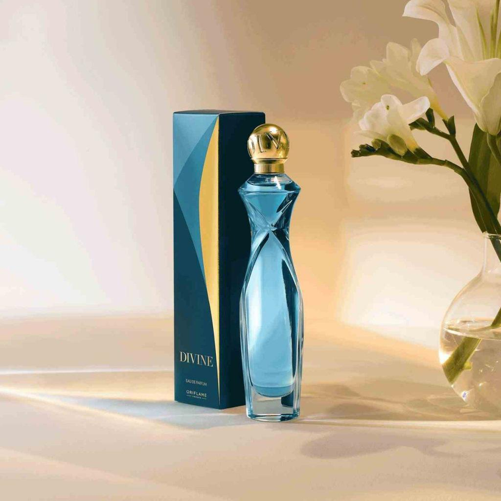 عطر زنانه دیواین جدید  38479